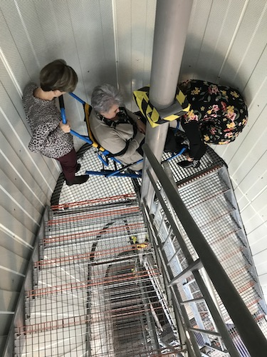 Evacuatie over trappen